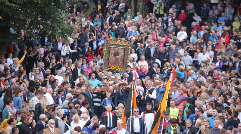 XXVII Pielgrzymka Rodzin Archidiecezji Krakowskiej do Sanktuarium w Kalwarii Zebrzydowskiej