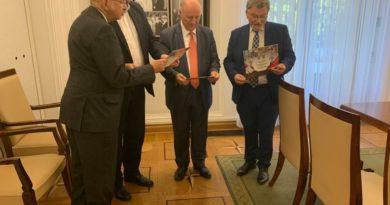 Spotkanie członków senackiej grupy Polsko-Francuskiej z Ambasadorem Francji